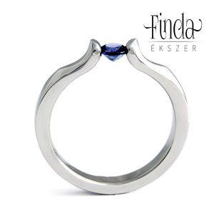Liliom eljegyzési gyűrű kék zafírral