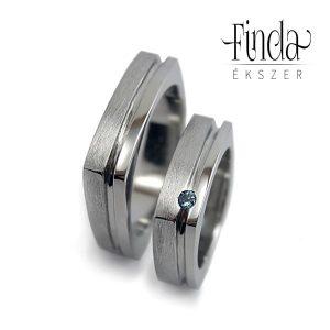 Szögletes karikagyűrű kék topázzal