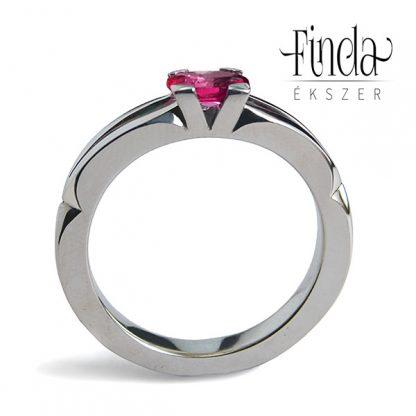 Velence nemesacél rubin gyűrű