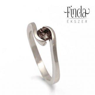 Ölelés fehér arany füstkvarc gyűrű