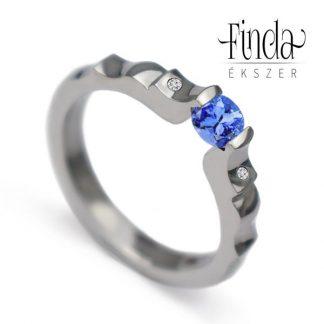 Angie nemesacél eljegyzési gyűrű kék zafírral és gyémántokkal